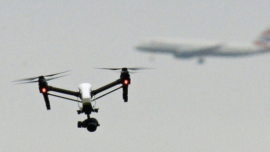 Barry Jenkins Comments on Counter Drones at Gatwick Airport_Drone Major